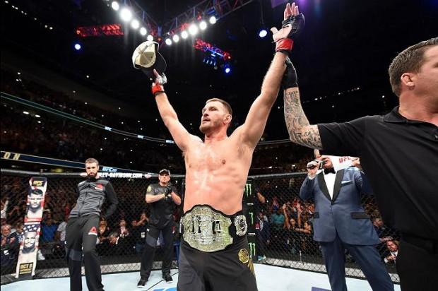 Miocic defendeu cinturão no UFC 203. Foto: Divulgação/UFC