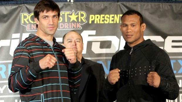Rockhold e Jacaré farão revanche no UFC. Foto: Divulgação/Strikeforce
