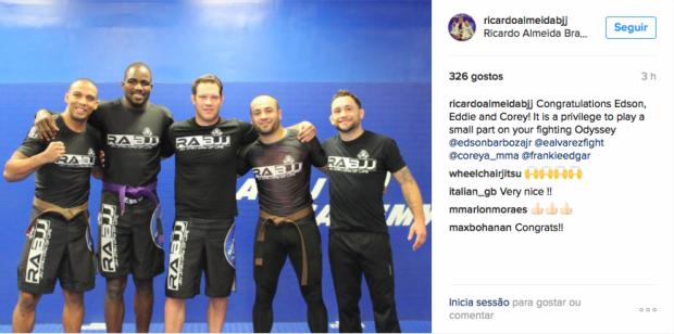 Registro foi feito por mestre R. Cachorrão em suas redes sociais. (Foto: Reprodução)