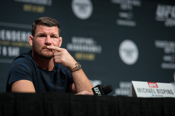Bisping disparou críticas contra B. Lesnar (Foto: Getty Images)