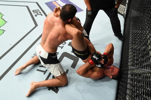 Frankenstein (dir.) venceu no UFC Portland com uma chave de braço