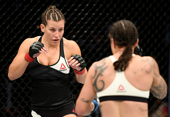 Após derrota, Tate anunciou que está pendurando as luvas. Foto: Getty Images)