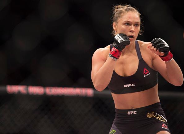 Ronda volta ao octógono após 13 meses. (Foto: Getty Images)
