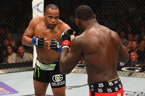 Cormier e Johnson fazem revanche no UFC 210, dia 8 de abril. (Foto: UFC)