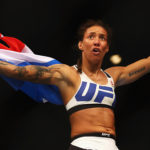 De Randamie é a primeira campeã peso pena do UFC. (Foto: Getty Images)