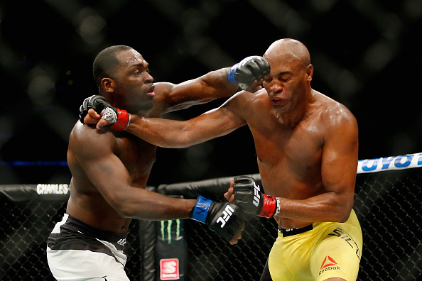 Brunson (esq) acredita que venceu Anderson (dir) no UFC 208. (Foto: Getty Images)
