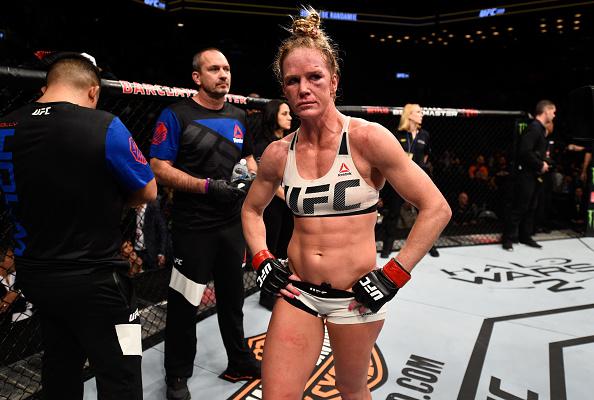 Holm não concordou com derrota para De Randamie. (Foto: Getty Images)