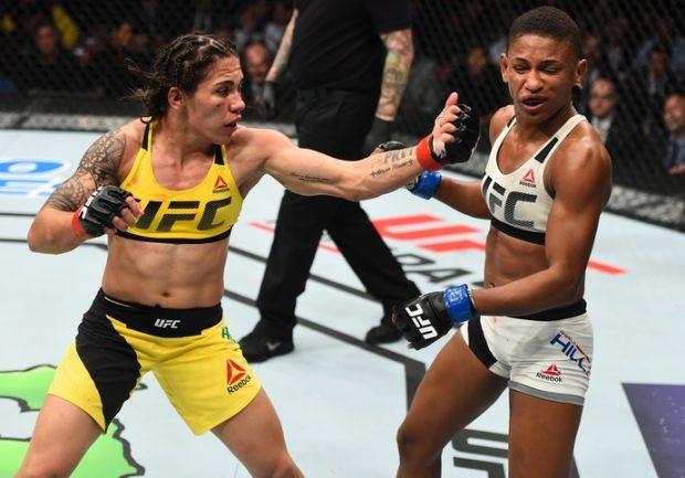 Jéssica (esq.) venceu no UFC Houston e pediu chance pelo cinturão. Foto: Jeff Bottari/UFC