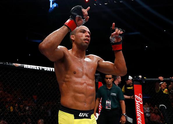 E. Barboza vem de três vitórias seguias (Foto: Buda Mendes/UFC)