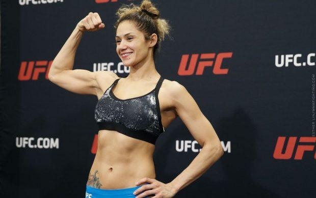 Gonzales (foto) foi retirada do UFC 210 por usar silicone. Foto: UFC