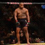 Cormier ameaçou arquirrival (Foto: Harry How/UFC)