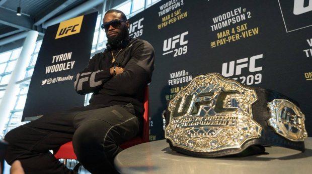 Campeão Woodley deve ser o próximo oponente de Demian (Foto: Facebook/UFC)
