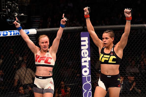 Amanda (dir) já derrotou Valentina (esq) em 2016 (Foto: Josh Hedges/UFC)