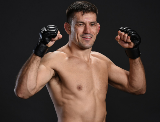 D. Maia (foto) brincou com T. Woodley (Foto: Reprodução Twitter UFC Brasil)