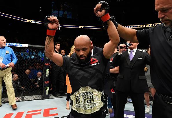 D. Johnson (foto) foi defendido por Cormier (Foto: Facebook/UFC)