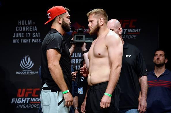 Arlovski (esq) e Tybura (dir) se enfrentam no card principal ((Foto: Reprodução Facebook UFC)