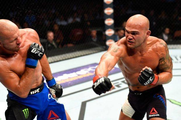 Lawler (dir) venceu Cerrone (esq) (Foto:Reprodução/Facebook UFC)
