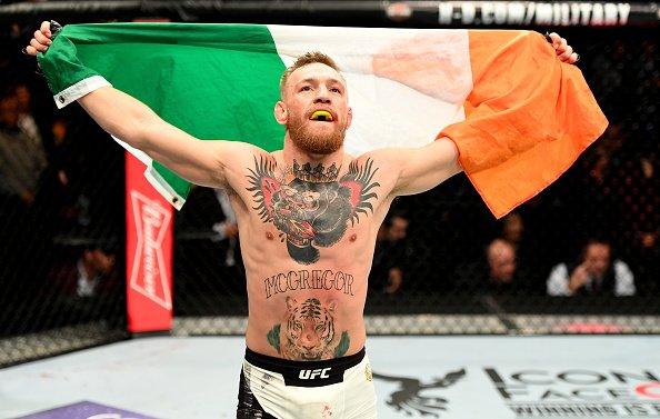 McGregor garante retorno ao UFC (Foto: Reprodução Twitter ufc_brasil)