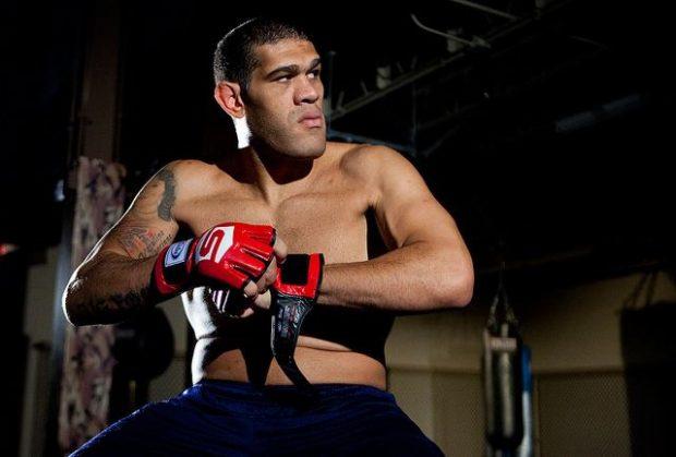 Pezão vai lutar no kickboxing (Foto:Reprodução/Facebook AntônioPezão)