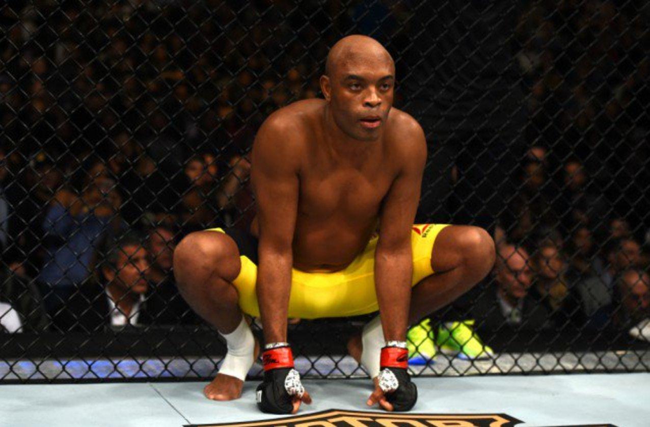 A. Silva enfrenta adverário 10 anos mais jovem no UFC 237. Foto: Reprodução / Twitter UFC_Brasil