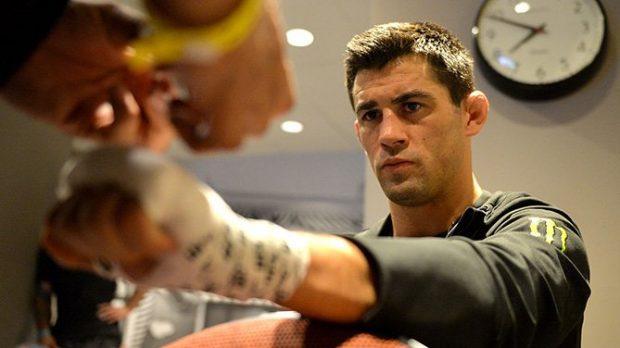 Cruz não queria enfrentar Rivera no UFC 219 (Foto: Reprodução/Twitter/UFCBrasil