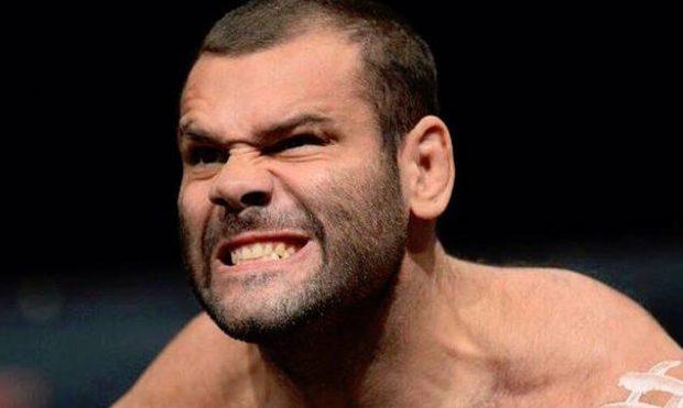Napão vai migrar do MMA para o boxe (Foto:Reprodução/Facebook GabrielNapão)