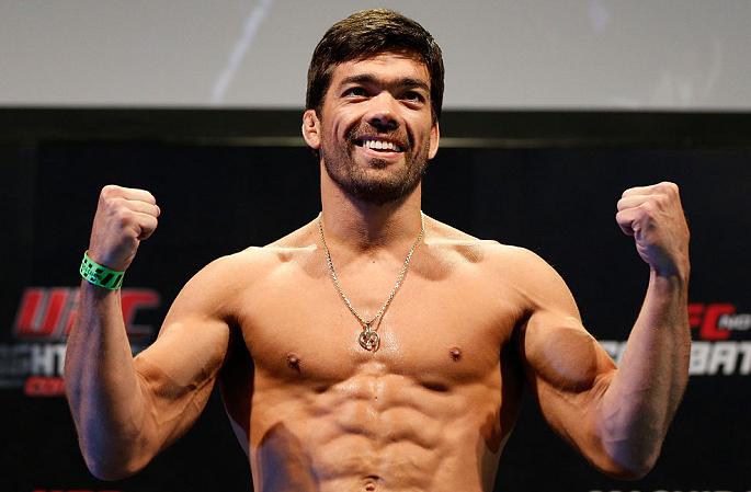 L. Machida quer lutar quatro vezes em 2018. (Foto: Reprodução Twitter ufc_brasil)