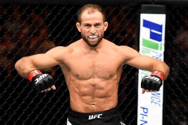 Taisumov aplicou nocaute brutal em Felipe (Foto: Reprodução/Twitter UFC)
