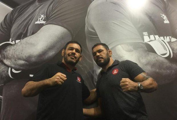 Irmãos Nogueira posam juntos Foto: Reprodução Facebook Rodrigo [Minotauro] Nogueira