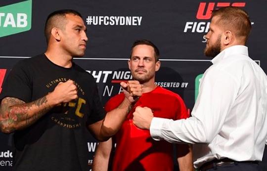 Duelo lidera o card do UFC Austrália neste sábado (Foto:Reprodução/Instagram UFCBrasil)
