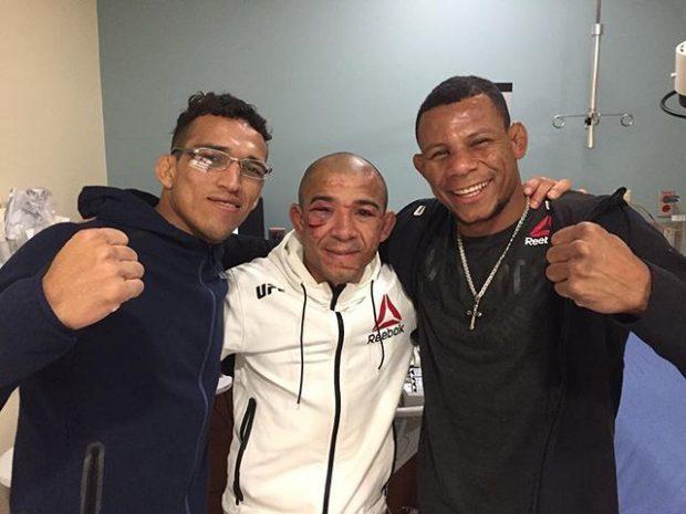 Do Bronx (esq), Aldo (centro) e Cowboy (esq) confraternizam (Foto: Reprodução Instagram charlesdobronxs)