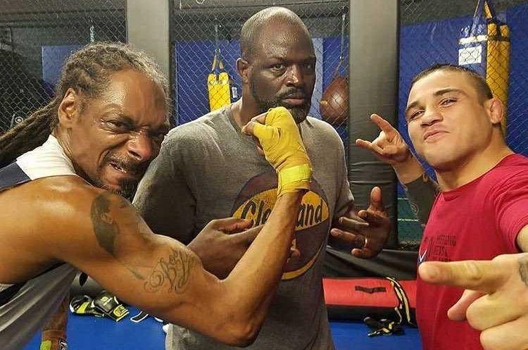 O rapper S. Dog (E) teve como sparing o brasileiro Daniel Sarafian (D). Foto: Reprodução/Instagram Daniel Sarafian