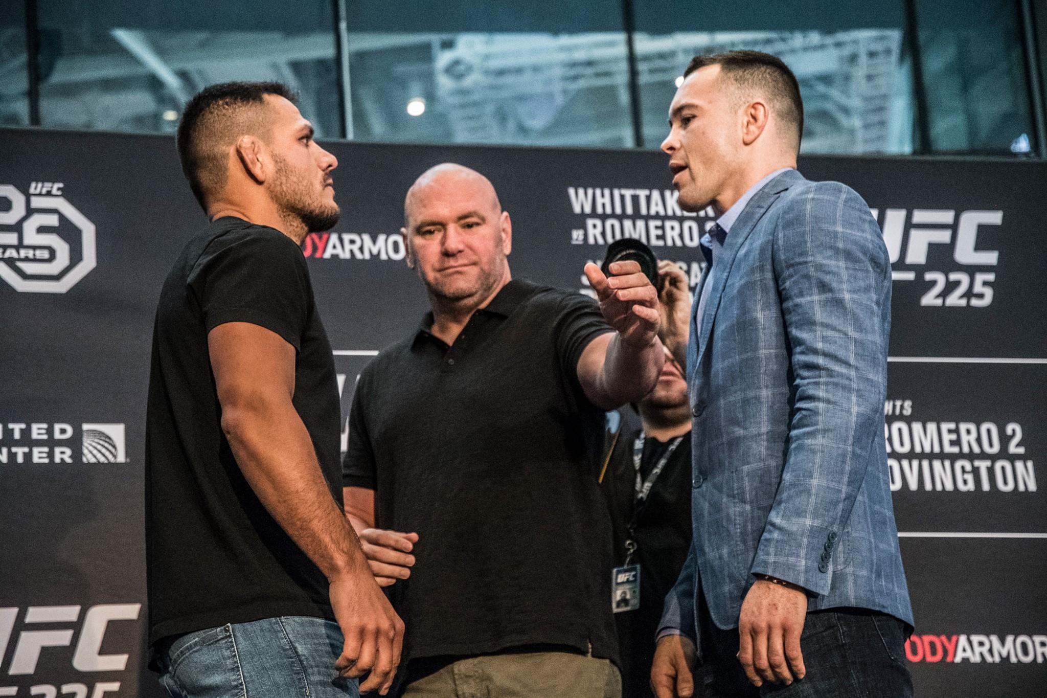 R. dos Anjos (E) e C. Covington (D) pesaram 76,7 kg e confirmaram a luta. Foto: Reprodução/FacebookUFC