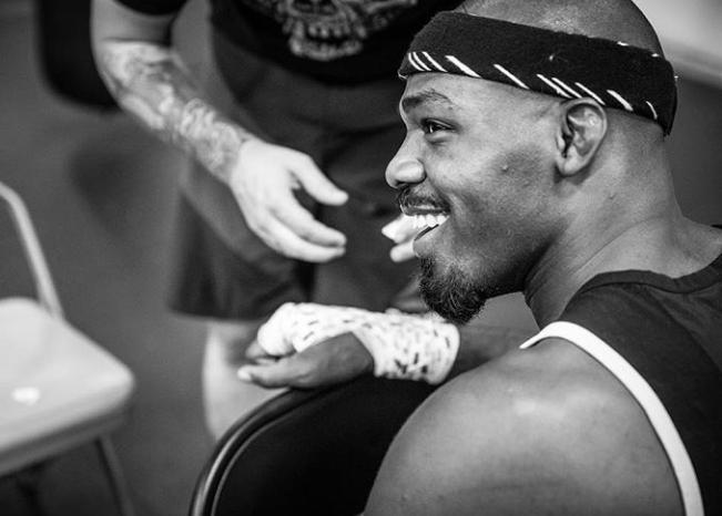 J. Jones não luta desde julho de 2017. Foto: Reprodução/Instagram @jonnybones