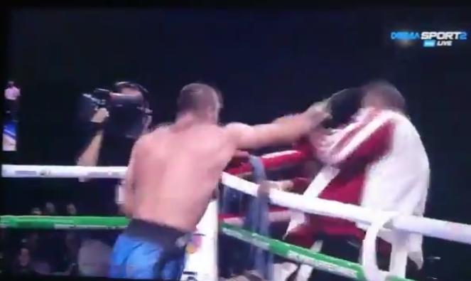 L. Shonia ataca o treinador após luta. Foto: Reprodução/Twitter @michaelbenson