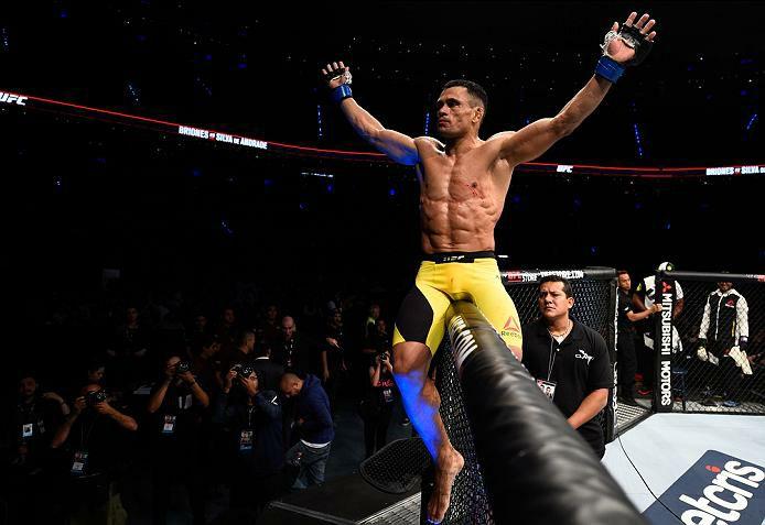 D. D'Silva em vitória pelo UFC. Foto: Reprodução/Facebook douglasdsilva