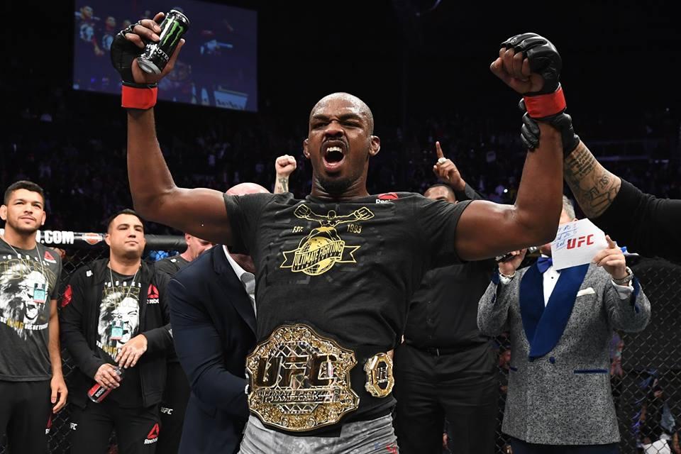 Jones quer lutar três vezes em 2019. Foto: Reprodução / Facebook @ufc