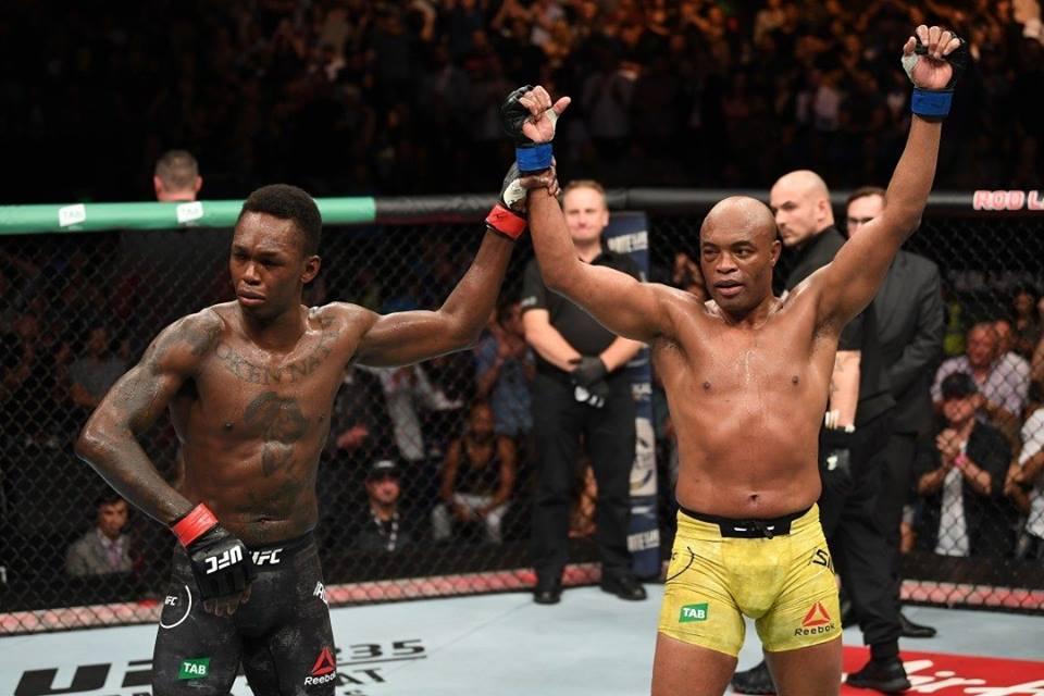 I. Adesanya permanece invicto após 16 combates na carreira. Foto: Reprodução/Instagram @ufc_brasil