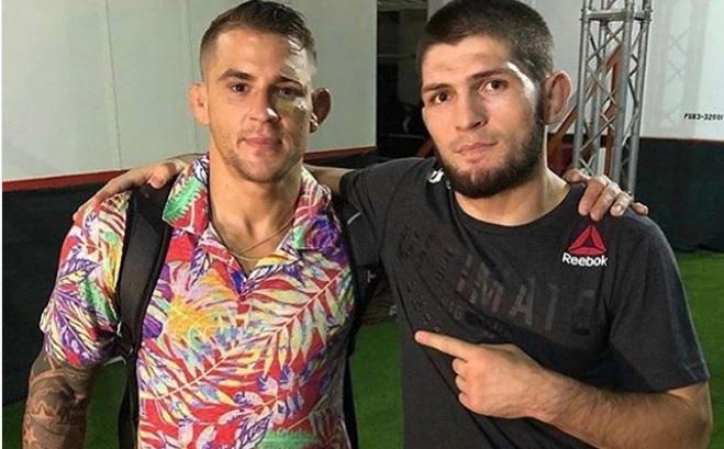 D. Poirier (esq.) posa com K. Nurmagomedov (dir.) após UFC 242. Foto: Reprodução/Instagram @dustinpoirier